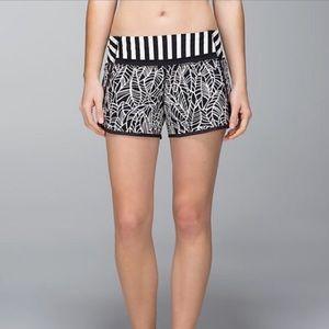 Lululemon 'Pretty Palm' Run Times Shorts